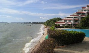 Buy holiday apartment Pattaya – Beachfront – 227B