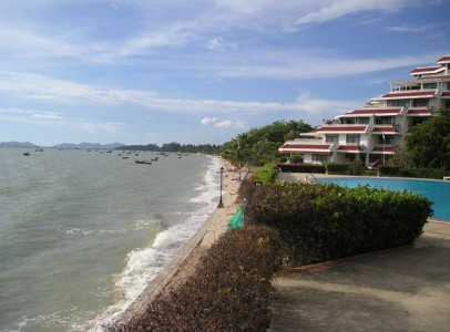 Buy holiday apartment Pattaya - Beachfront - 227B